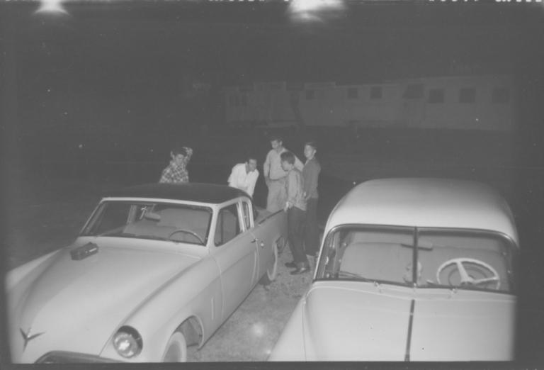 gordonnegstudebakerguys1953