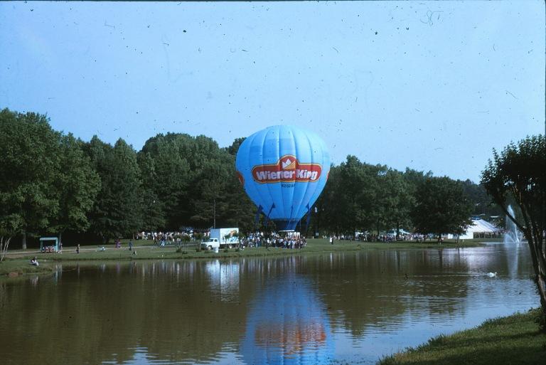 Weiner King Balloon